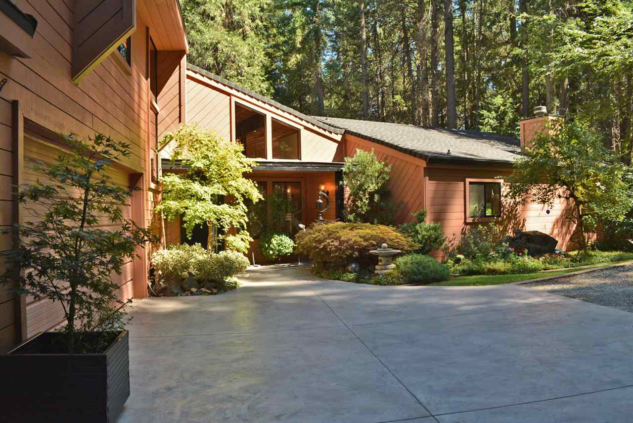 Casa Unifamiliar por un Venta en 13011 Admiral Lane 13011 Admiral Lane Grass Valley, California 95945 Estados Unidos