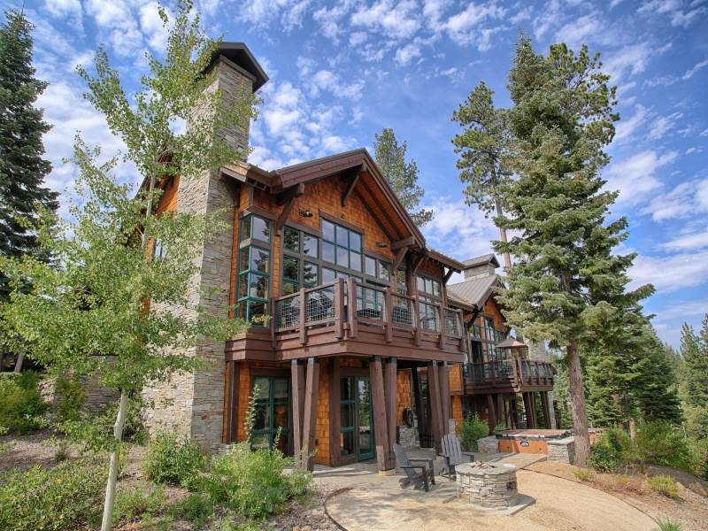 Condominium for Active at 14008 Trailside Loop 14008 Trailside Loop Truckee, California 96161 United States