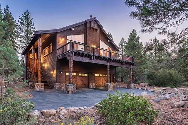 Casa Unifamiliar por un Venta en 13156 Hillside Drive 13156 Hillside Drive Truckee, California 96161 Estados Unidos