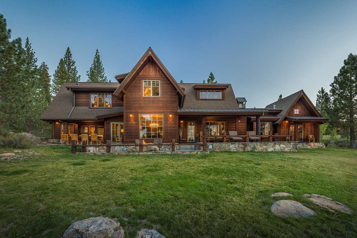 Single Family Home for Active at 13193 Snowshoe Thompson 13193 Snowshoe Thompson Truckee, California 96161 United States