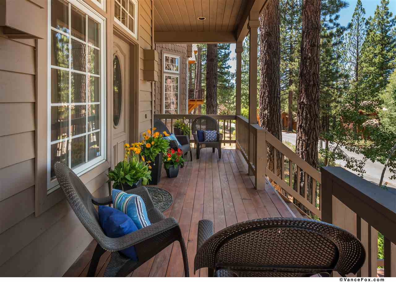 Single Family Home for Active at 384 Skidder Trail 384 Skidder Trail Truckee, California 96161 United States