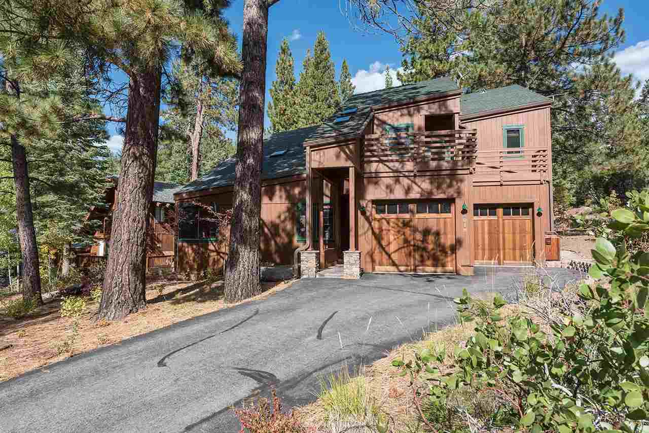 Additional photo for property listing at 1018 Martis Landing 1018 Martis Landing Truckee, California 96161 United States