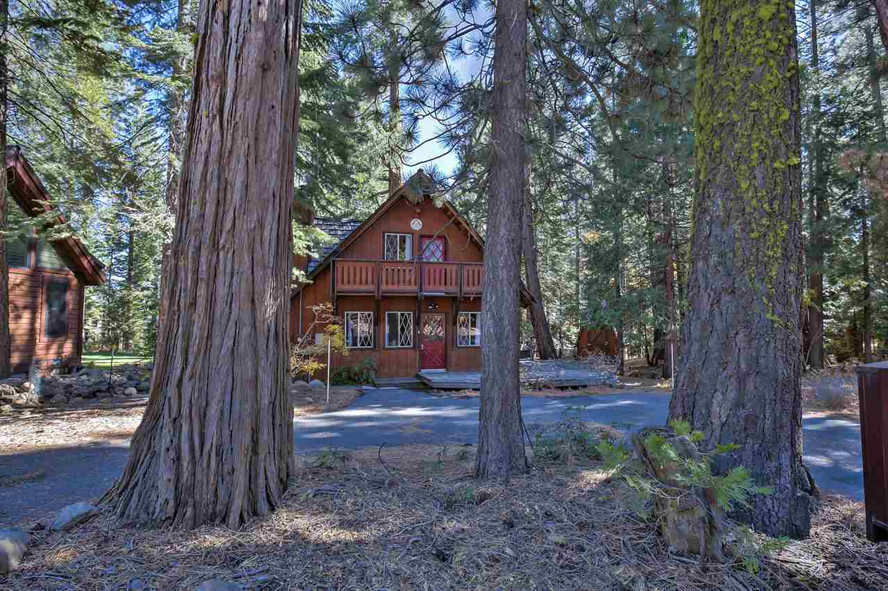 Single Family Home for Active at 3816 Dinah Road 3816 Dinah Road Carnelian Bay, California 96140 United States