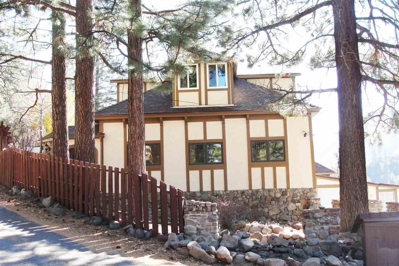 Casa Unifamiliar por un Venta en 22153 Spruce Street 22153 Spruce Street Floriston, California 96111 Estados Unidos
