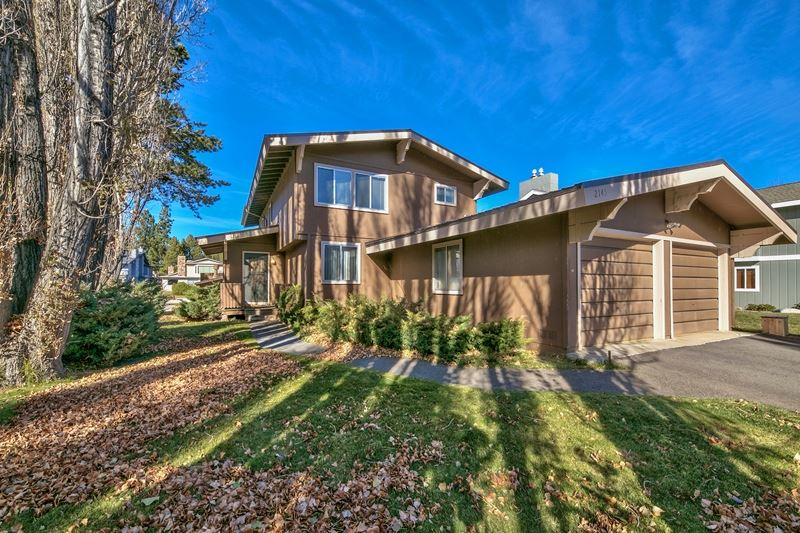 Single Family Home for Active at 2145 Monterey Drive 2145 Monterey Drive South Lake Tahoe, California 96150 United States