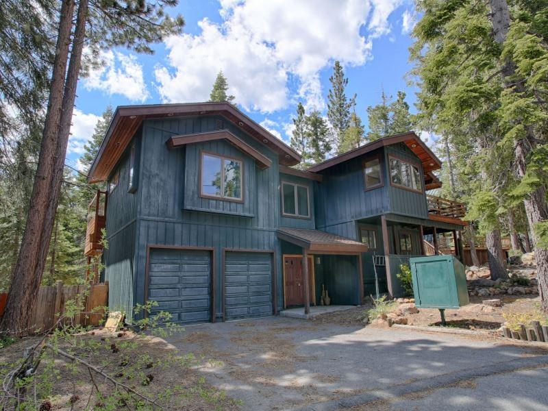独户住宅 为 销售 在 3615 Lynwood Drive 3615 Lynwood Drive Carnelian Bay, 加利福尼亚州 96140 美国