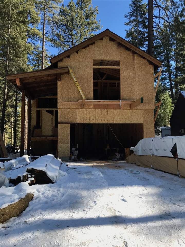 Single Family Home for Active at 7227 2nd Avenue 7227 2nd Avenue Tahoma, California 96142 United States