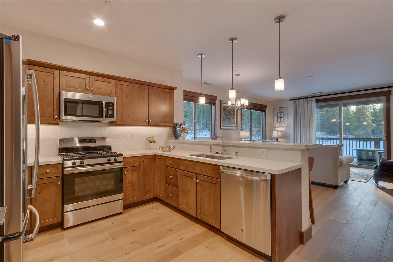 Condominium for Active at 11567 Dolomite Way 11567 Dolomite Way Truckee, California 96161 United States