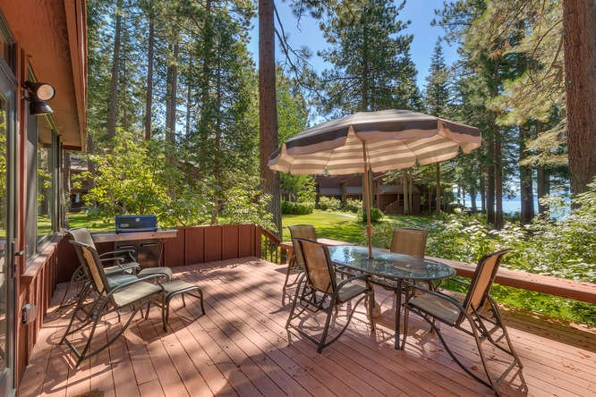 Additional photo for property listing at 100 Lassen Dr. Lassen Drive 100 Lassen Dr. Lassen Drive Tahoe City, Kalifornien,96145 Vereinigte Staaten