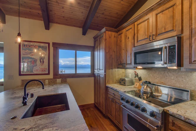 Additional photo for property listing at 7001 West Lake Boulevard 7001 West Lake Boulevard Tahoma, Califórnia,96142 Estados Unidos