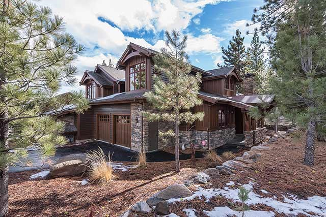 Condominium for Active at 10251 Valmont Trail 10251 Valmont Trail Truckee, California 96161 United States