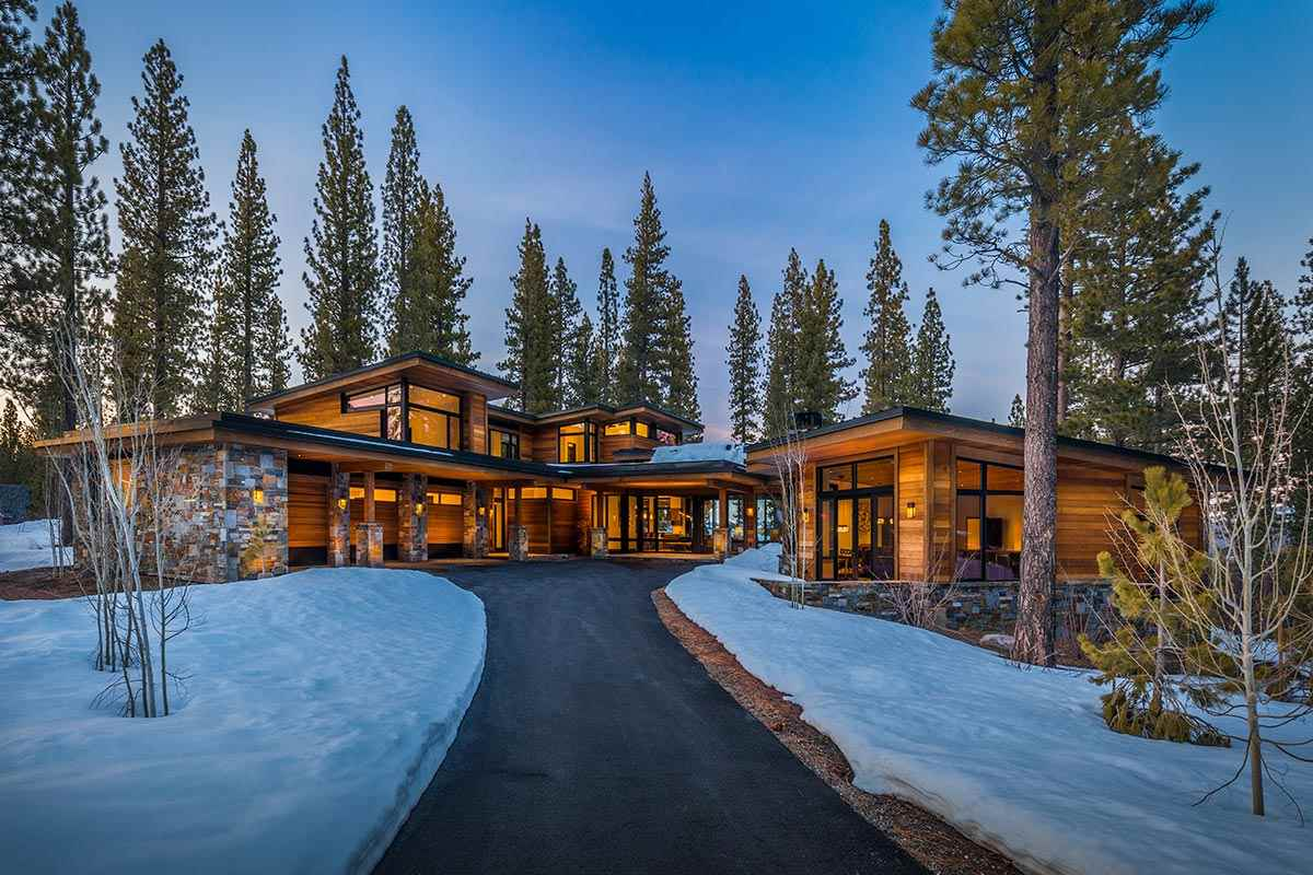 Single Family Home for Active at 7095 Villandry Circle 7095 Villandry Circle Truckee, California 96161 United States