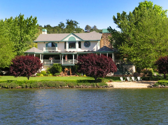 独户住宅 为 销售 在 18665 Meadowlark Court 18665 Meadowlark Court Penn Valley, 加利福尼亚州 95946 美国