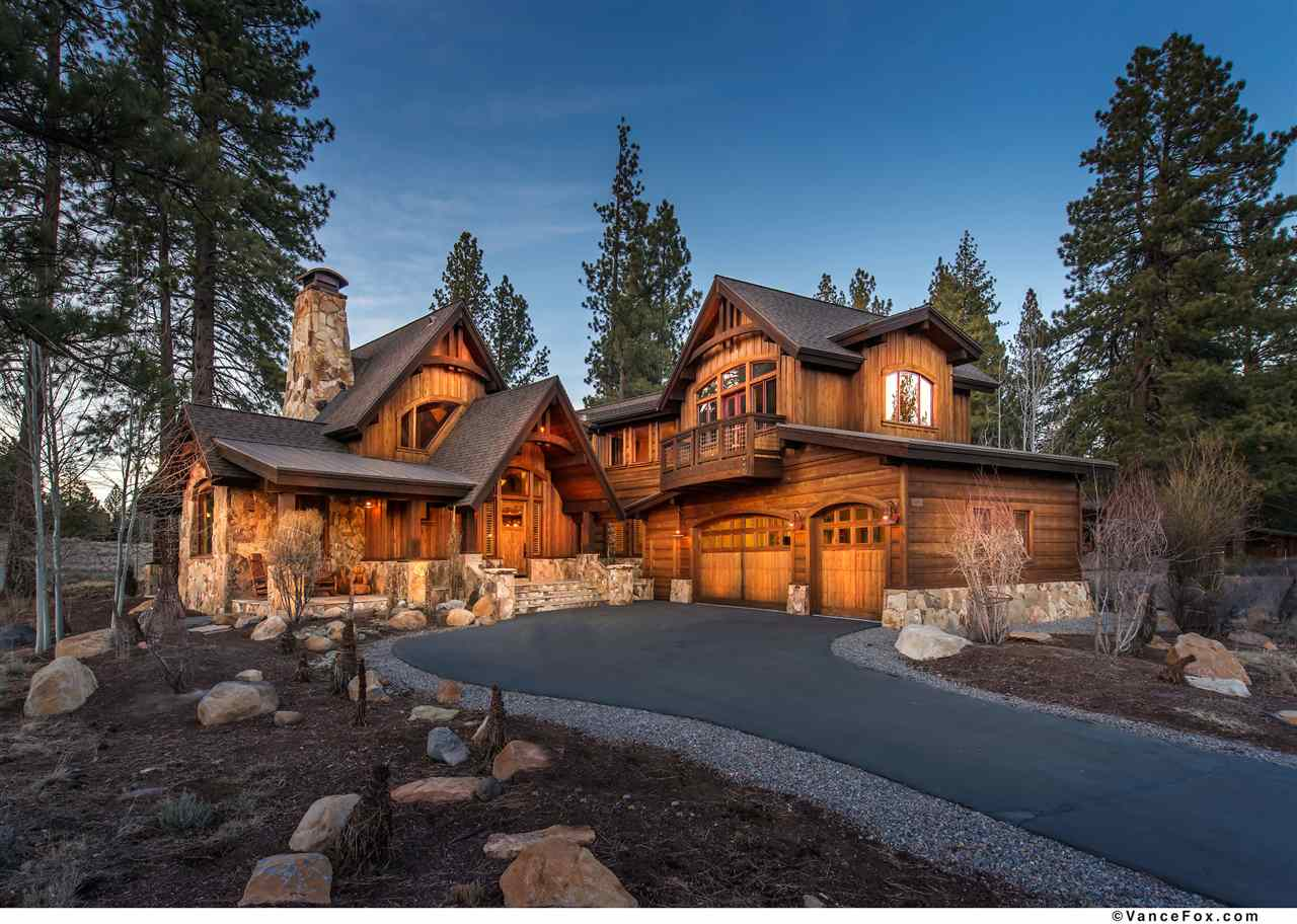 Single Family Home for Active at 13006 Lookout Loop 13006 Lookout Loop Truckee, California 96161 United States