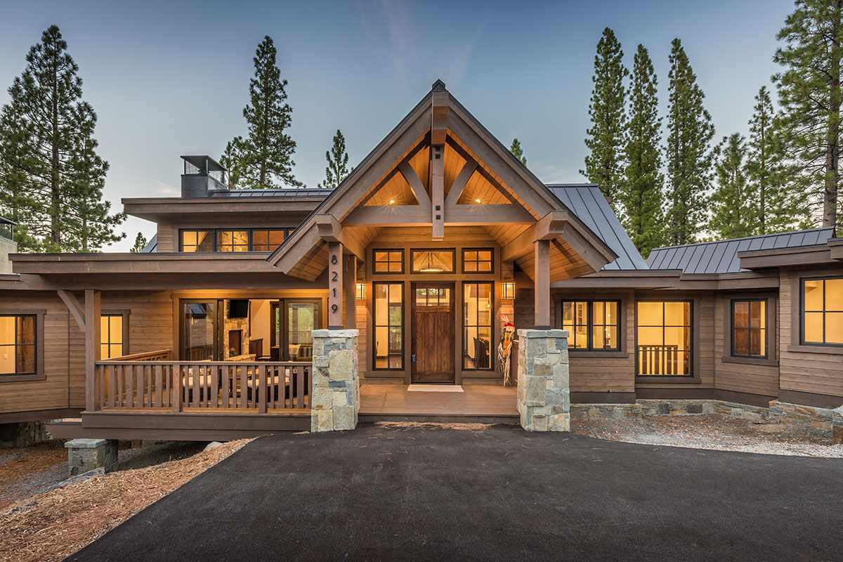 Single Family Home for Active at 8219 Ehrman Drive 8219 Ehrman Drive Truckee, California 96161 United States