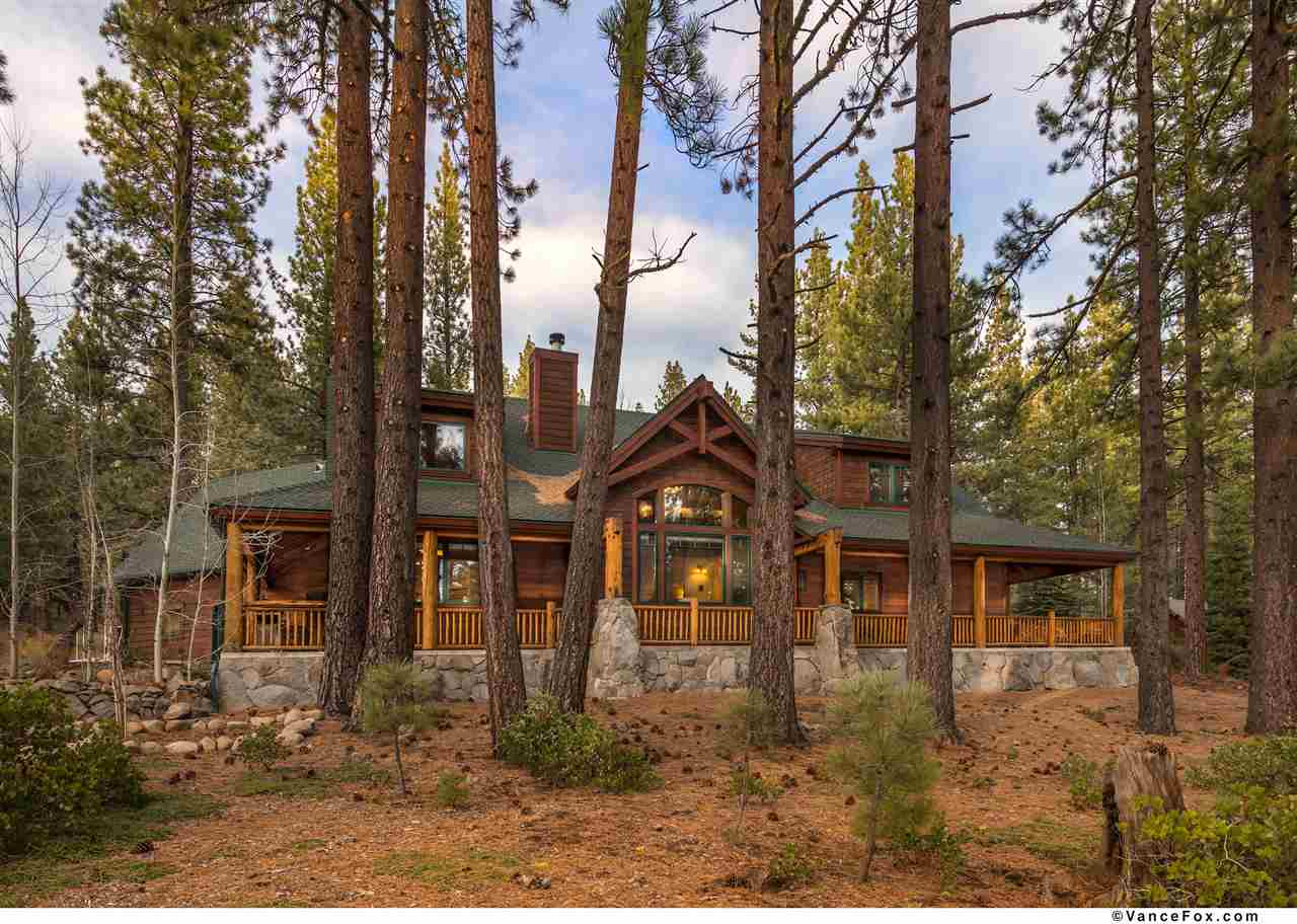 Single Family Home for Active at 11033 Parkland Drive 11033 Parkland Drive Truckee, California 96161 United States