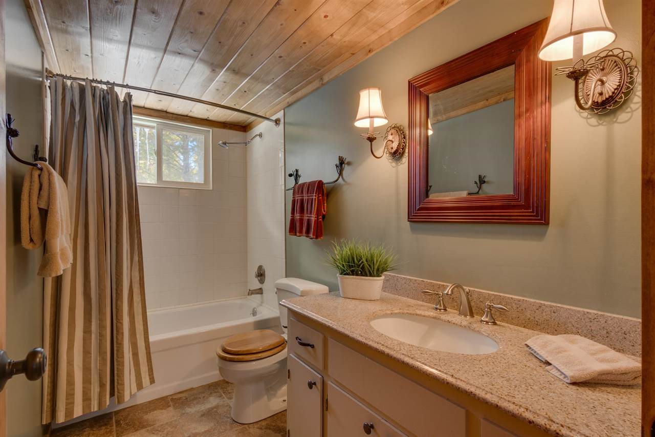 Additional photo for property listing at 810 Evergreen Way Tahoma, California 96142 United States