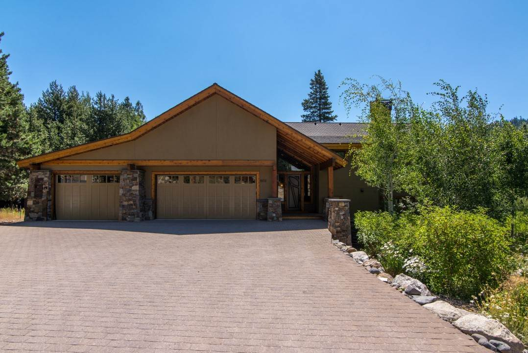 Single Family Home for Active at 602 Forest Glen Road 602 Forest Glen Road Olympic Valley, California 96146 United States