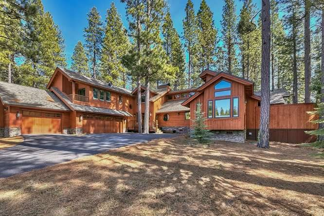 Single Family Home for Active at 806 Miners Passage 806 Miners Passage Clio, California 96106 United States