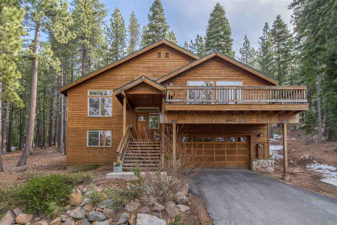 Single Family Home for Active at 12327 Northwoods Boulevard 12327 Northwoods Boulevard Truckee, California 96161 United States