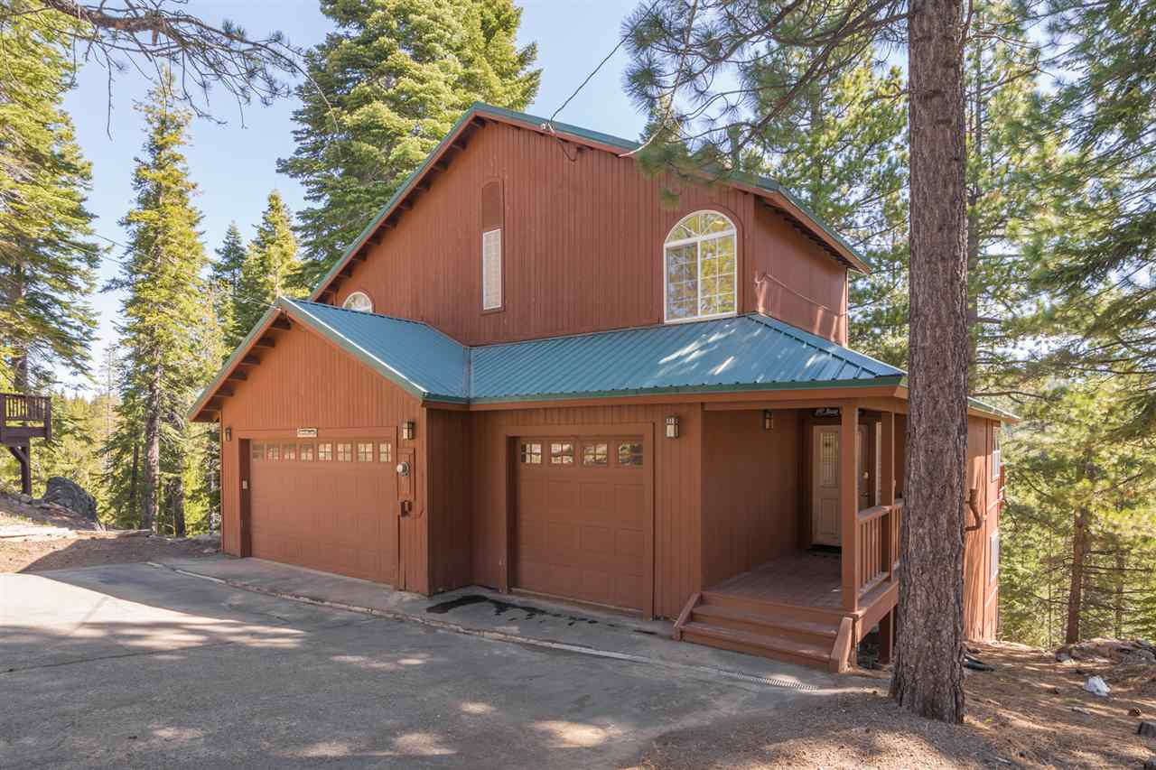 Single Family Home for Active at 13049 Hillside Drive 13049 Hillside Drive Truckee, California 96161 United States