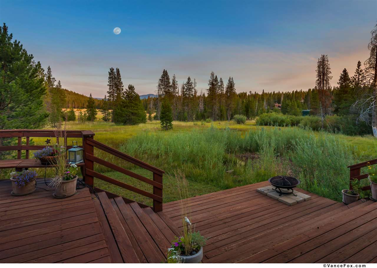 Single Family Home for Active at 12260 Lausanne Way 12260 Lausanne Way Truckee, California 96161 United States