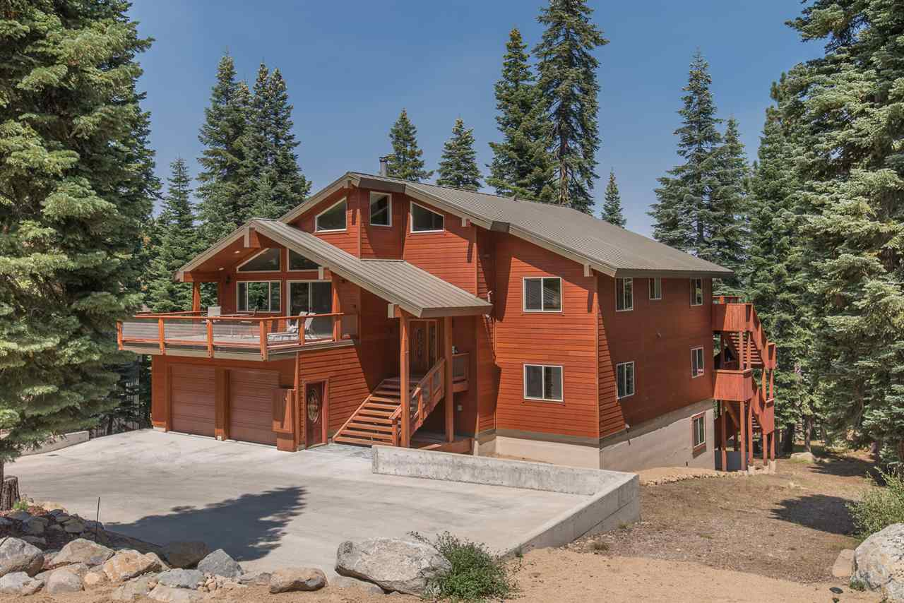Single Family Home for Active at 12349 Skislope Way 12349 Skislope Way Truckee, California 96161 United States