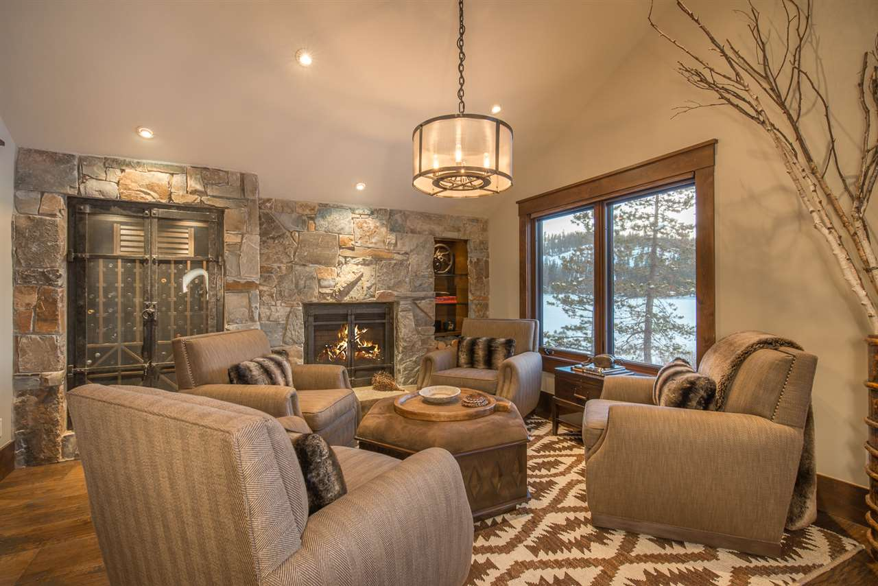 Additional photo for property listing at 2239 Lake Drive 2239 Lake Drive Truckee, California 95728 United States