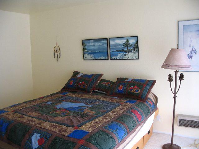 Additional photo for property listing at 11591 Snowpeak Way 11591 Snowpeak Way 特拉基, 加利福尼亚州 96161 美国