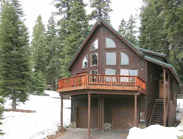 Single Family Home for Active at 10994 Skislope Way 10994 Skislope Way Truckee, California 96161 United States