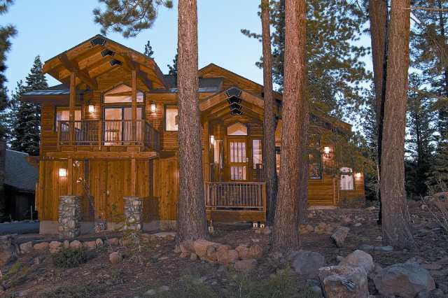 Compartido por un Venta en 1734 Grouse Ridge Road 1734 Grouse Ridge Road Truckee, California 96161 Estados Unidos