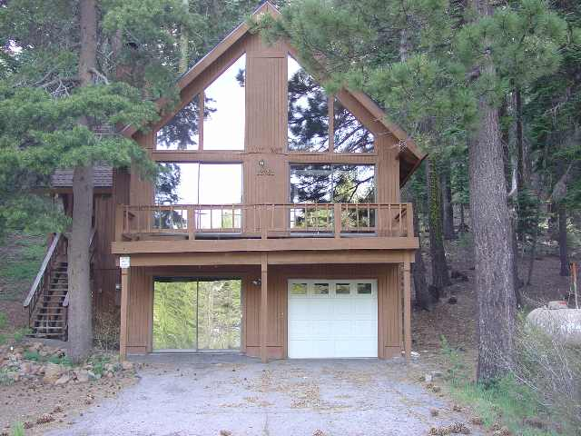 Single Family Home for Active at 12782 Skislope Way 12782 Skislope Way Truckee, California 96161 United States