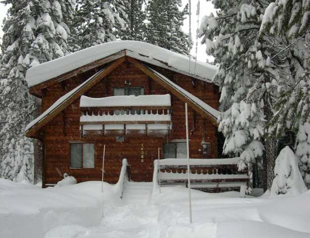 Single Family Home for Active at 14066 Ramshorn Street 14066 Ramshorn Street Truckee, California 96161 United States