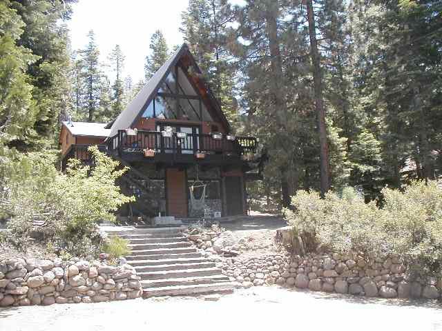 Casa Unifamiliar por un Venta en 542 Beaver Street 542 Beaver Street Kings Beach, California 96143 Estados Unidos