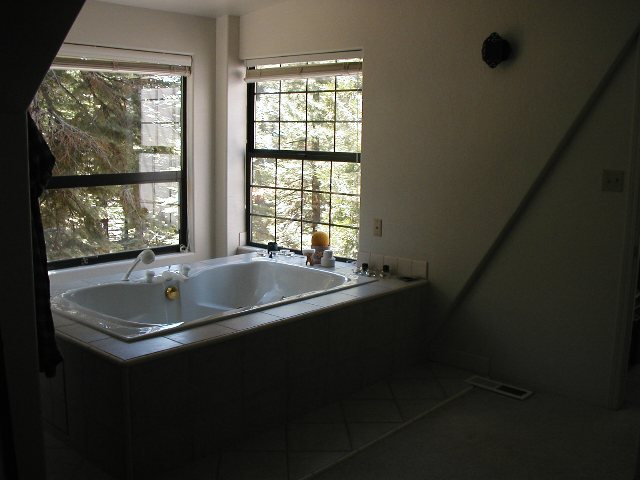 Additional photo for property listing at 542 Beaver Street 542 Beaver Street Kings Beach, California 96143 United States