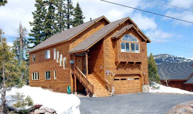 Casa Unifamiliar por un Venta en 13331 Hillside Drive 13331 Hillside Drive Truckee, California 96161 Estados Unidos