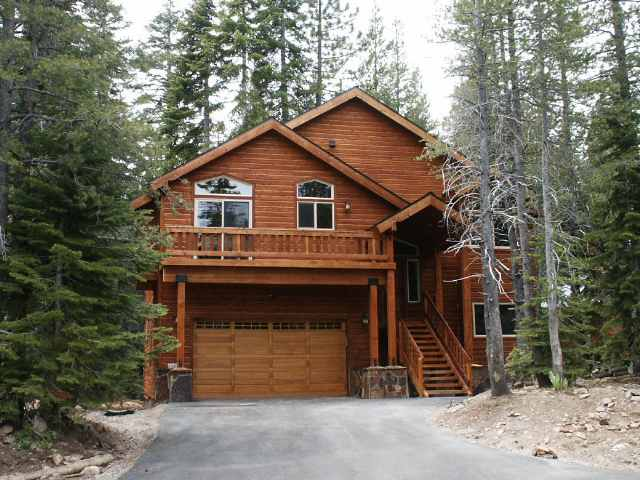 Casa Unifamiliar por un Venta en 11818 Chateau Way 11818 Chateau Way Truckee, California 96161 Estados Unidos