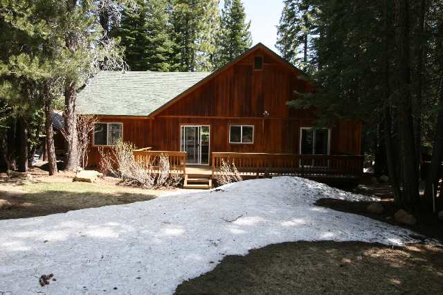 Additional photo for property listing at 13595 Hansel Avenue 13595 Hansel Avenue Truckee, California 96161 Estados Unidos