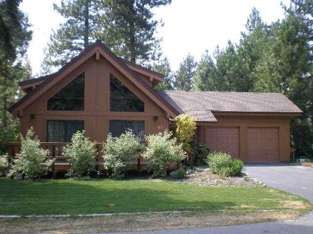 独户住宅 为 销售 在 165 Roundridge Road 165 Roundridge Road 塔霍湖城, 加利福尼亚州 96145 美国
