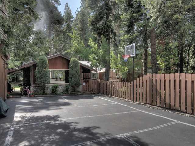 Additional photo for property listing at 547 Elm Street 547 Elm Street Tahoma, California 96142 Estados Unidos