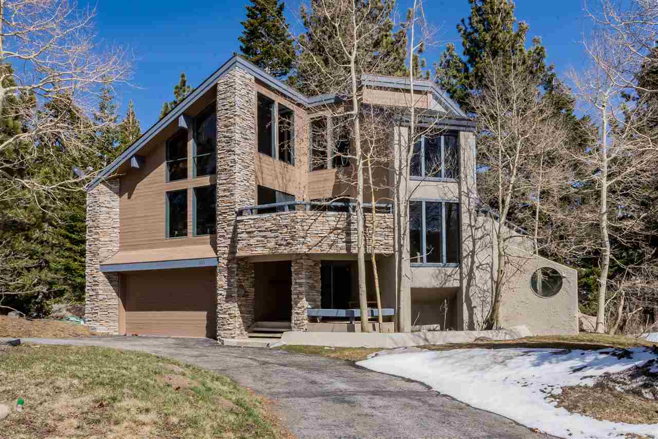 900 Majestic Pines Drive, Mammoth Lakes, CA 93546