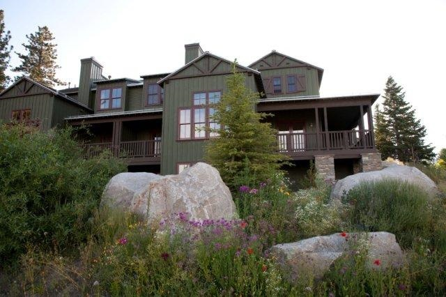 1537 Clear Creek Road, Mammoth Lakes, CA 93546