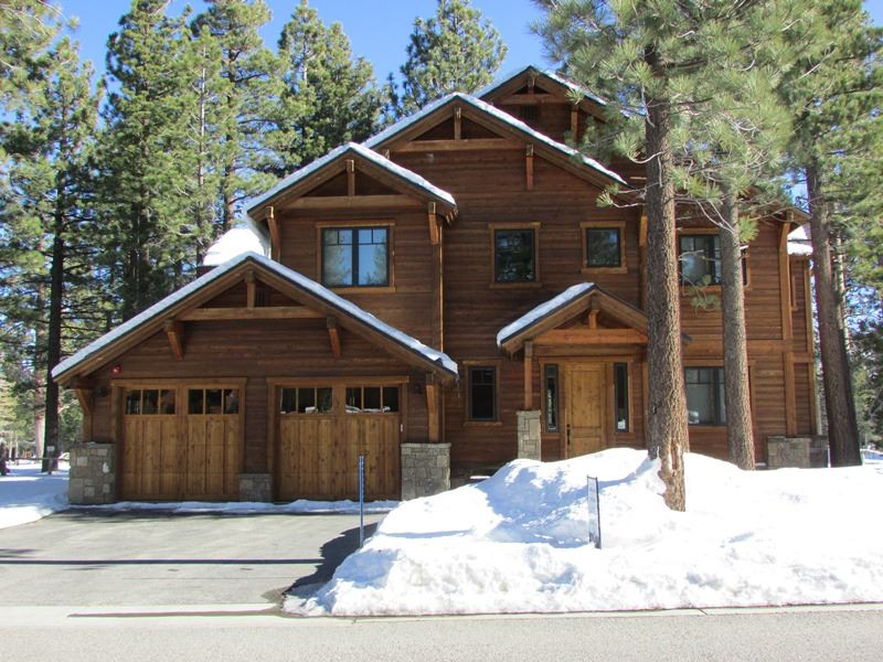479 E Bear Lake Dr, Mammoth Lakes, CA 93546