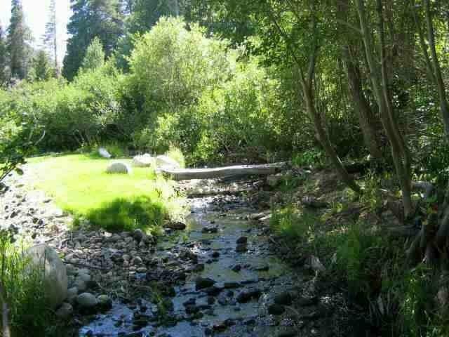 36 Creek Lane, Mammoth Lakes, CA 93546