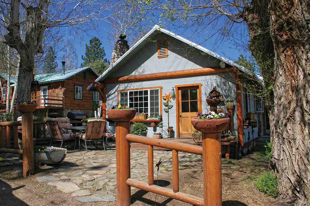 396 Juniper Drive, Crowley Lake, CA 93546