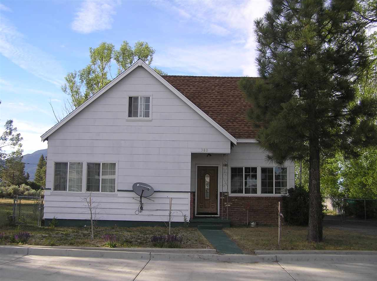 Cute and cozy, this Bridgeport home is spacious and cheerful. It has a large kitchen with lots of cabinets, three baths, a gas log fireplace and a big back yard. It offers ample storage space. The home was updated in 2011 and is very welcoming. A sun room has recently been added and the home features a fenced yard and two-car garage. Located on Main Street close to shopping, ning and all of the summer events Bridgeport offers.