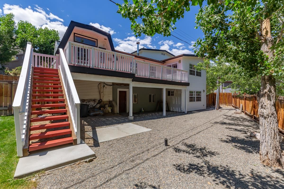 Lovely Home...Remodeled in 2013/2014. The home features a Well laid out kitchen, 2 master suites, Master bathroom with heated floors, Large Family room/game room with a wet bar and a fully fenced back yard, not to mention an extra large 2 car garage. All the rooms have new engineered hard wood floors and recessed lighting. There are 3 heating zones and a new water heater just to mention a few of the features and upgrades.  The French doors in the master bedroom lead out to a large deck.....accessed also through the kitchen for those summer BBQ's and get togethers.  The side yard is fully landscaped with large aspen trees and lilac bushes and the entry has a 'courtyard' type feel. This home is fully furnished and ready for a new owner! Located only 15 minutes to Mammoth Mountain for world class skiing and 5 minutes to Crowley Lake for world class fishing. Absolutely the perfect location!
