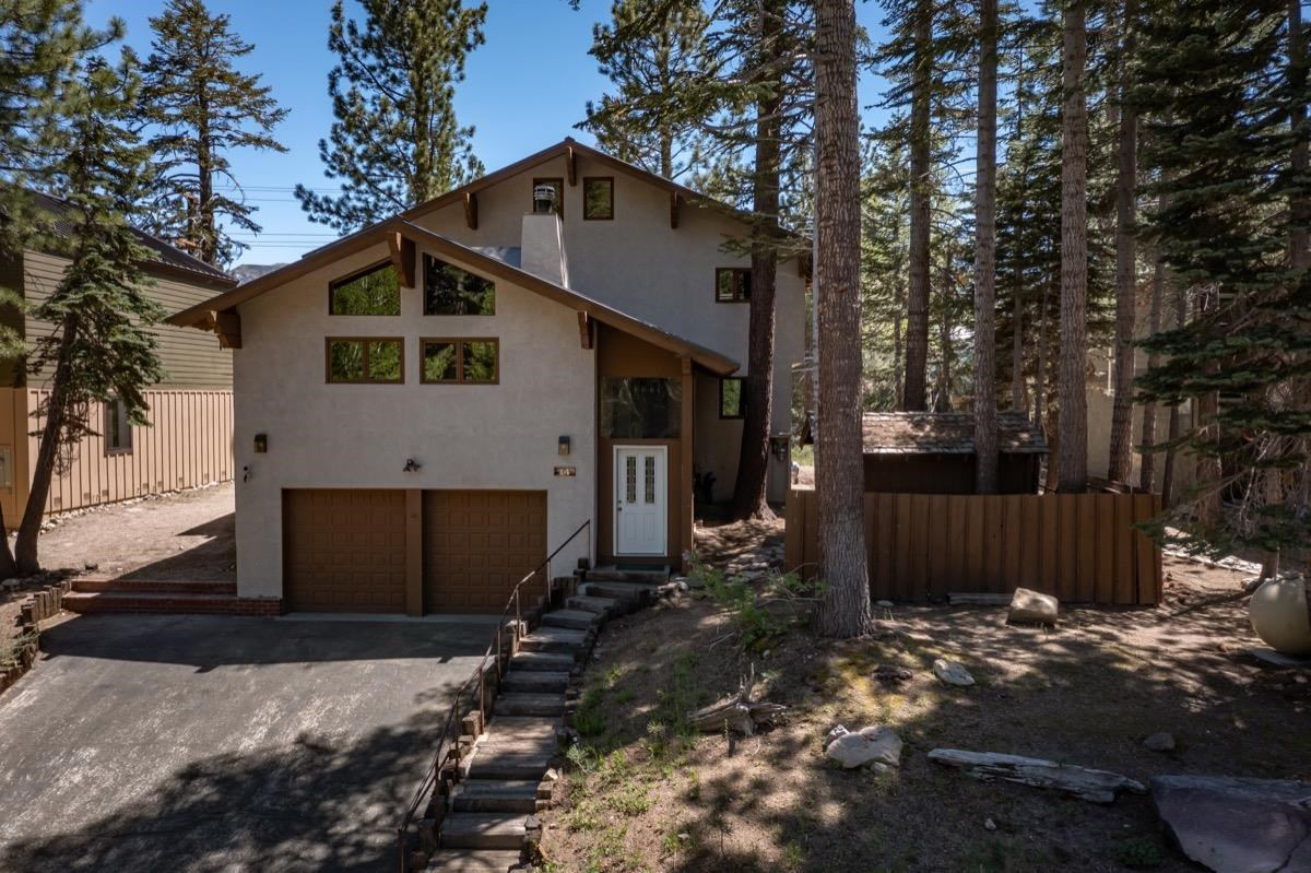 Excellent opportunity to add your style to a beautiful mountain home that is walking distance to The Village at Mammoth. This home has all of the entertaining and living space you need, with a bright living room, large additional family room, 4 bedrooms with en-suite bathrooms in each room, an eat-in kitchen, dedicated dining room, an in-door spa room with a bathroom, abundant storage space, a large loft, and more! Spacious, south-facing decks offer lovely outdoor-living, fresh air, and warm sun. Walk to The Village for dining, shopping, and year-round entertainment, or hop on the free town shuttle to take you anywhere in Mammoth. Make an appointment to tour this beautiful home today and imagine the possibilities, or take the virtual tour here: https://my.matterport.com/show/?m=dmzuN45h3zC&brand=0 . Covid rules of entry: https://bit.ly/3wehYCt