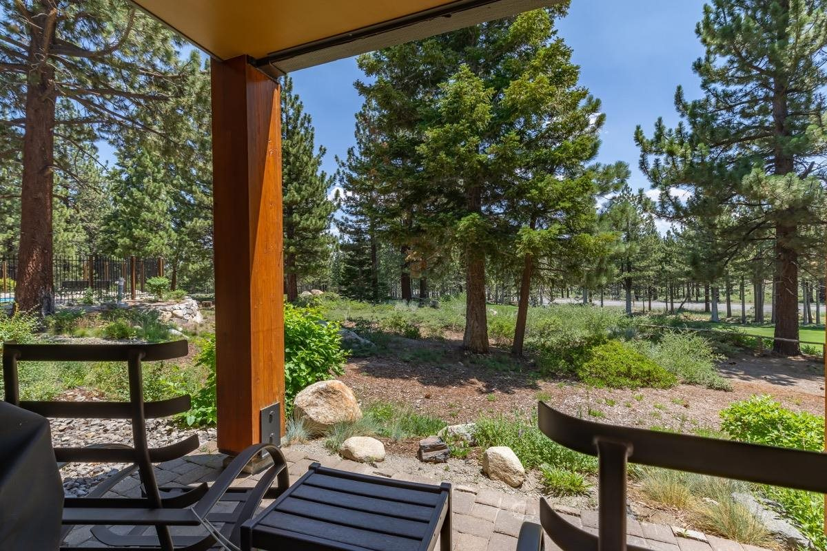 Enjoy the serene setting with beautiful views overlooking the Sierra Star golf course. This corner location provides lots of light. Conveniently located on the sixteen hole and across from the Sierra Star clubhouse. Close proximity to the Little Eagle Ski Area and The Village at Mammoth. Large underground parking and on-site hot tub allows for ease and enjoyment. In-unit washer & dryer, newer refrigerator and beautifully furnished. Fully equipped gourmet kitchen with granite counter tops. This unit boasts a rustic and modern feel. Propane (heat), cable and internet are provided in the hoa fee. Nightly rentable with the potential for great income!