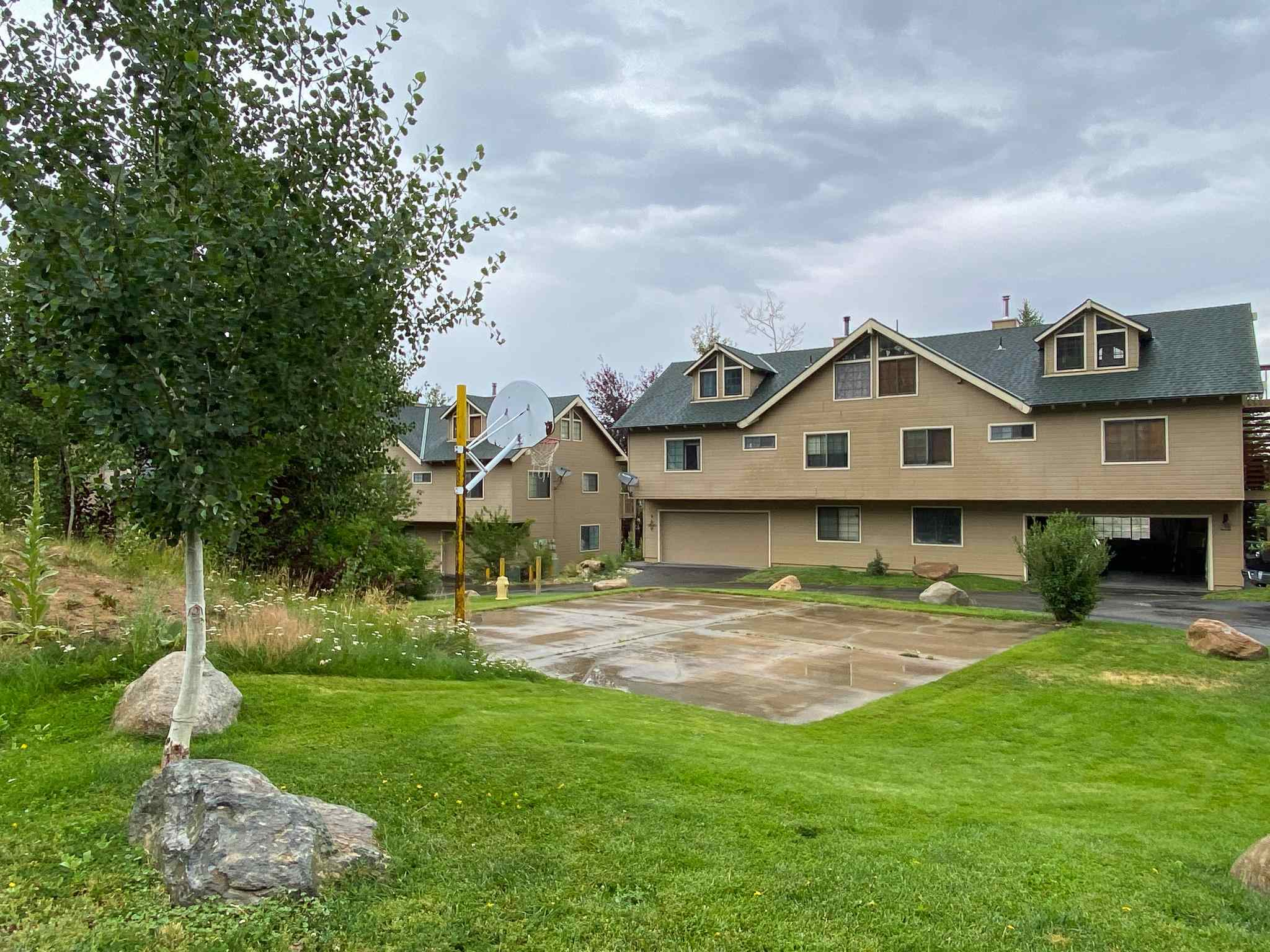 """Perfectly positioned just off of HWY 395 and only 15 minutes to Mammoth Lakes, close proximity to Crowley Lake and the park.   This end unit Townhome would be ideal for a Mammoth local or 2nd homeowner searching for views, space and tranquility! The Association takes pride in their Landscaped lawns and flowers overlooking Crowley Lake and the Eastern Sierra.  Enjoy a sunset and privacy while sitting on an oversized deck . Entertaining has never been easier or more enjoyable with the large open floor plan, wet bar, vaulted ceilings and 3 levels. The main entry level offers you a laundry room with a sink and storage. The attached 2 car garage has a bonus """"office"""" with a window and plenty of space to call this extra room whatever you want. Along with 2 cars in the garage, the driveway will also accommodate 2 cars.  The 2nd level will offer a large dining area, kitchen, pellet stove and a well designed living room with a wet bar. In addition, the 2nd level has a full bathroom and a bedroom.  The spacious 3rd level hosts an oversized primary bedroom and bathroom with expanded closets and a walk-in closet and custom closet system installed.  Plenty of room on the 3rd level for an office or reading room. This level also has a convenient exterior staircase.  Views of Crowley Lake from both bedrooms and primary bathroom.  Views of the Sierra from the deck.  The main entrance to the Townhome is a favorite for this complex as it has privacy from the backside and a landscaped yard that other units do not have.  This is a must see!"""